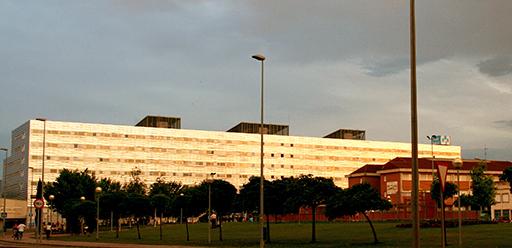 Se están suspendiendo operaciones en el Hospital San Pedro diariamente, perjudicando a los afectados a los cuales, en muchos casos, se les avisa con dos horas de antelación o en el propio hospital