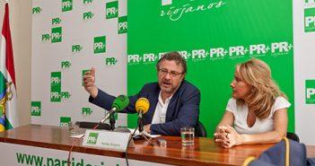 Gloria León y Julio Revuelta, PR+