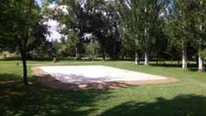 Foto parque base cemento Nueva zona juego adolescentes